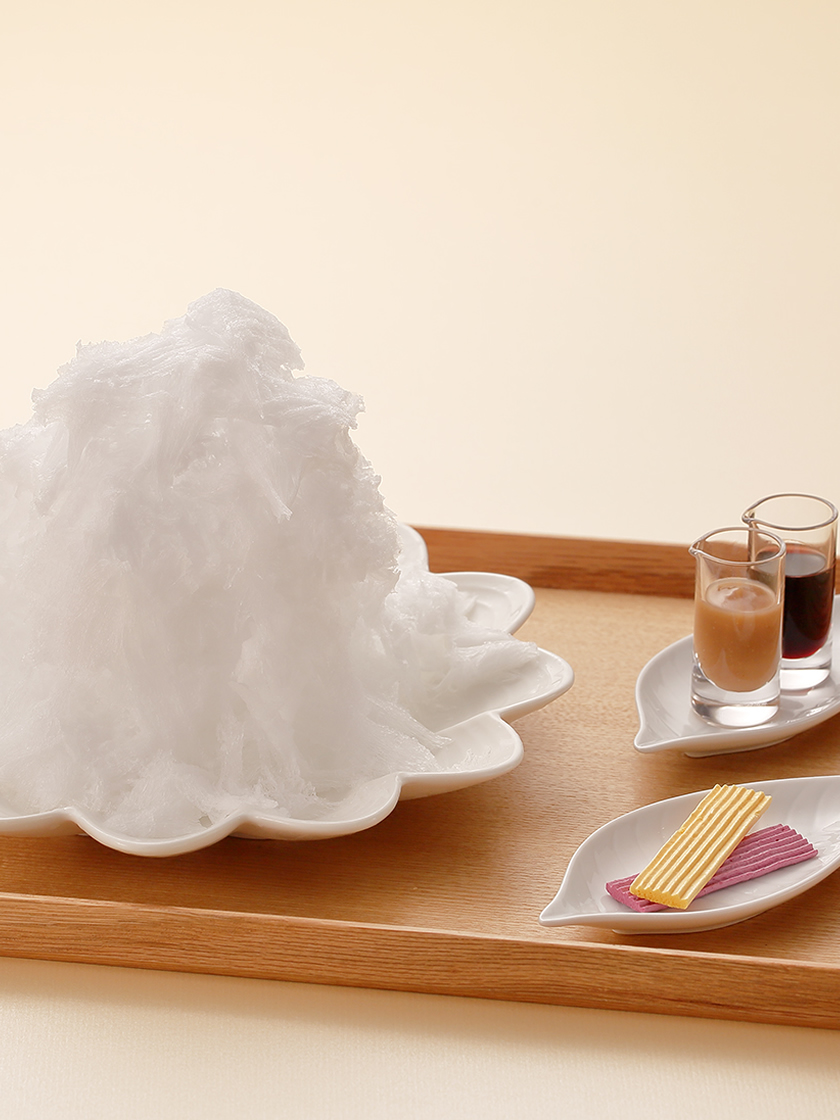 白い山 モンブランかき氷