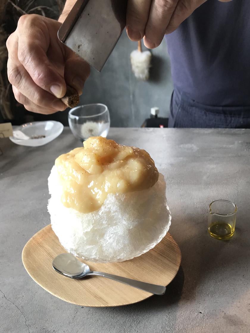 白桃のかき氷